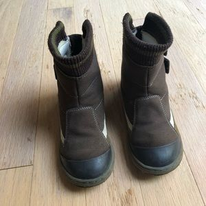 Other - Chicco boots size 11.5